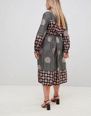 photo Long Sleeve Belted Printed Maxi Dress by Uttam Boutique Plus, color Black - Image 2