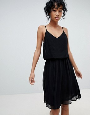 photo Pleated Slip Dress by Pieces, color Black - Image 1