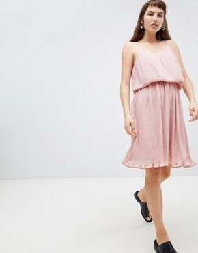 photo Pleated Slip Dress by Pieces, color Pink - Image 2