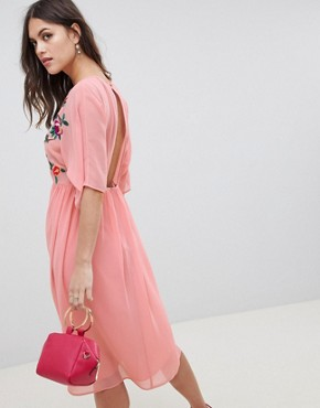photo Smock Midi Dress with Bird and Floral Embroidery by ASOS DESIGN, color Pink - Image 2