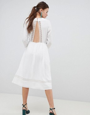 photo Lace Embroiderd Midi Dress with Open Back by ASOS DESIGN Premium, color Cream - Image 2