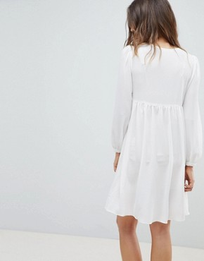 photo Smock Dress with Tassel Ties and Embroidery by Glamorous Bloom, color Cream - Image 2