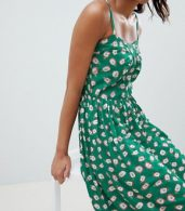 photo Pineapple Print Midi Sun Dress in Green by Esprit, color Green - Image 3