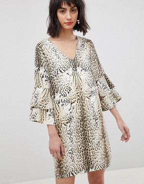 photo Leopard Print Dress with Tiered Sleeves by Vero Moda, color Leopard Print - Image 1