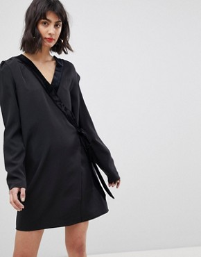 photo Tux Wrap Dress by Vero Moda, color Black - Image 1