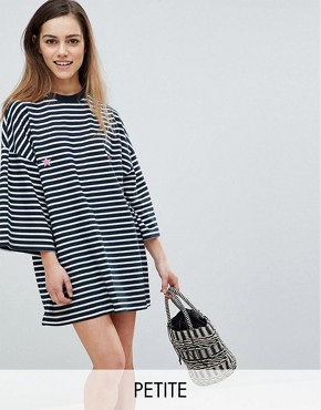 photo Star Print Striped T-Shirt Dress by Missguided Petite, color Navy - Image 1
