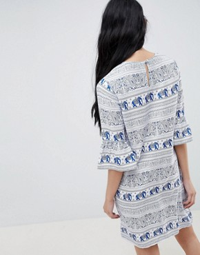 photo Shift Dress with Frill Sleeve in Elephant Print by Daisy Street, color Blue - Image 2