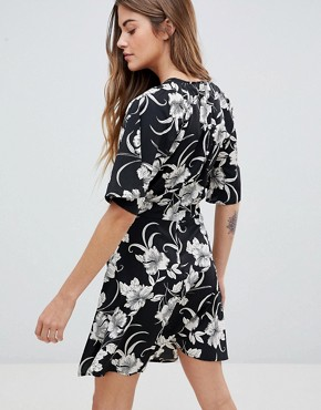 photo Floral Print Dress with Split Neck Detail by Daisy Street, color Black - Image 2