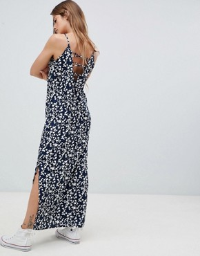 photo Maxi Dress in Star Print by Daisy Street, color Black - Image 2