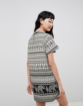 photo Shift Dress with Notch Neck in Elephant Print by Daisy Street, color Black - Image 2