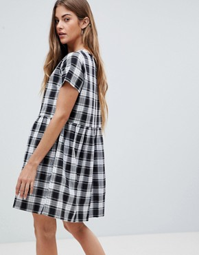 photo Smock Dress in Gingham Check by Daisy Street, color Black/White - Image 2