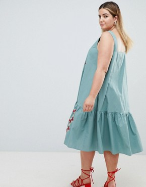 photo Embroidered Trapeze Midi Dress by ASOS DESIGN Curve, color Green - Image 2