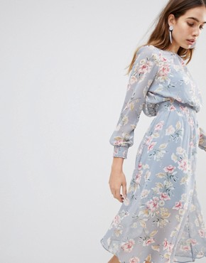 photo Floral Shirred Waist Midi Dress by New Look, color Grey - Image 1