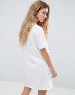 photo t-shirt Dress with Rolled Sleeves by ASOS DESIGN Ultimate, color White - Image 2