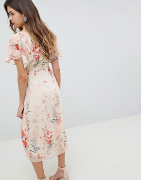 photo Fluted Sleeve Midi Dress in Floral Print by Queen Bee, color Multi - Image 2