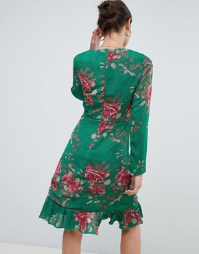 photo Floral Tea Dress by Missguided, color Green - Image 2