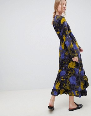 photo Sonja Floral Wrap Midi Dress by Selected, color Flower Aop - Image 2