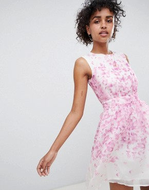 photo Floral Skater Dress by QED London, color White/Pink - Image 1