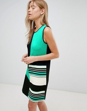 photo Colourblock Shift Dress by QED London, color Green - Image 1