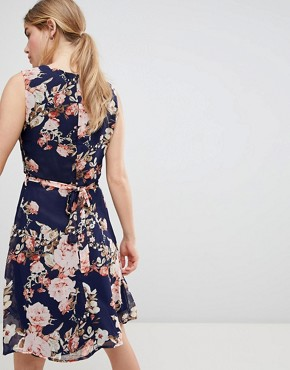 photo Floral Print Skater Dress by QED London, color Navy - Image 2