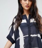 photo Tunic Shirt Dress in Fence Print by Religion, color Navy/White - Image 3