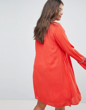 photo Smock Dress with Tassel Ties and Embroidered Insert by Glamorous Curve, color Red - Image 2