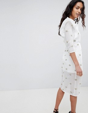 photo Structured Embroidered Dress by Elliatt, color White - Image 2