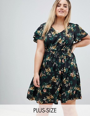 photo Floral Dress by New Look Curve, color Black Pattern - Image 1