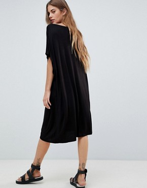 photo Scanna Lulu Relaxed T-Shirt Dress by Pieces, color Black - Image 2