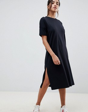 photo Embroidered V-Back Midi t-shirt Dress by ASOS DESIGN, color Black - Image 2