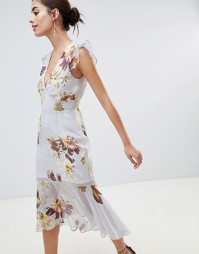photo Plunge Open Back Midi Dress by Hope & Ivy, color White - Image 1
