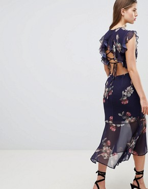 photo Floral Lattice Back Pencil Dress with Ruffle by Hope & Ivy, color Navy Floral - Image 2