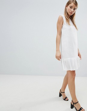 photo Ribbed Shift Dress with Pephem by Angel Eye, color White - Image 1