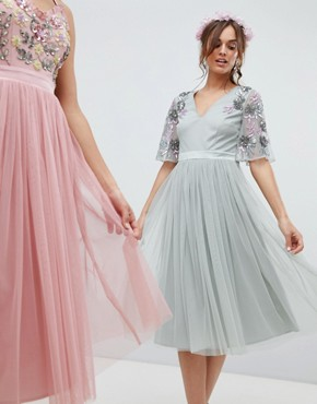 photo Embellished Tulle Sleeve Midi Tulle Dress in Green by Maya, color Green Lily - Image 1