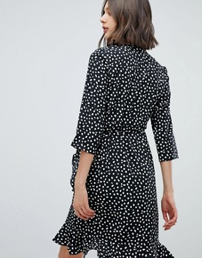 photo Printed Wrap Dress by Vero Moda, color Black - Image 2