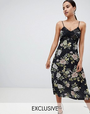 photo Lace Floral Midi Dress by Missguided, color Black - Image 1