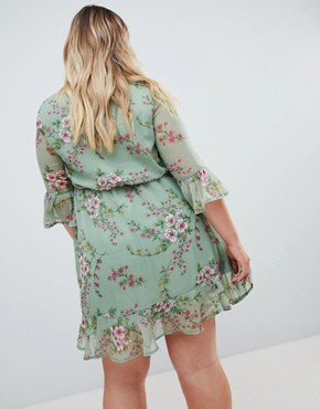 photo Chiffon Floral Frill Sleeve Mini Dress by Missguided Plus, color Green Floral - Image 2