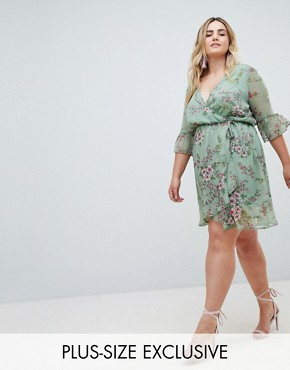 photo Chiffon Floral Frill Sleeve Mini Dress by Missguided Plus, color Green Floral - Image 1