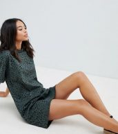 photo Ultimate t-shirt Dress in Leopard Print by ASOS DESIGN Tall, color Multi - Image 4