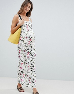 photo Floral Maxi Dress by Mama.licious, color Multi - Image 1