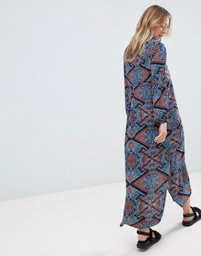 photo Long Sleeve Printed Midi Dress by Monki, color Multi - Image 2