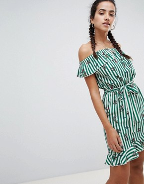 photo Stripe and Floral Bardot Dress by PrettyLittleThing, color Green And White - Image 1