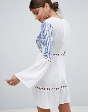 photo Embroidered Cheesecloth Swing Dress by Missguided, color White - Image 2