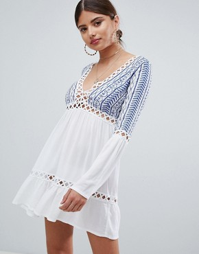 photo Embroidered Cheesecloth Swing Dress by Missguided, color White - Image 1