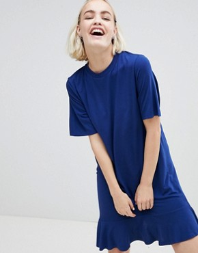photo Ruffle Hem T-Shirt Dress by Monki, color Navy - Image 1