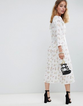 photo Pleated Maxi Dress with Side Buttons in Ditsy Floral by ASOS DESIGN Petite, color Multi - Image 2
