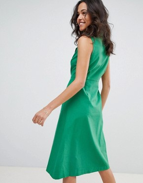 photo Button Down Emerald Midi Dress by Moon River, color Emerald - Image 2
