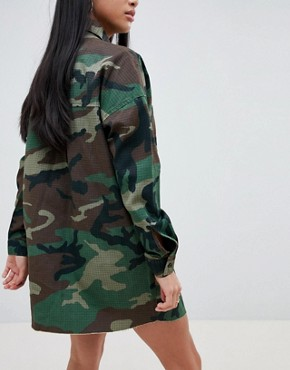 photo Camo Shirt Dress by Missguided Petite, color Green - Image 2