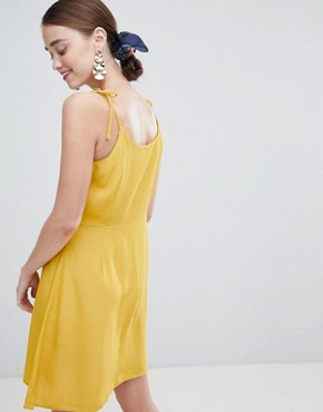 photo Button Through Skater Dress by New Look, color Yellow - Image 2