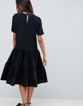 photo Tiered Smock Midi Dress by ASOS DESIGN, color Black - Image 2